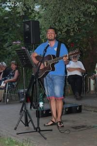 Angelo singt